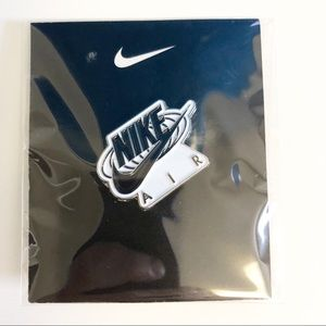 LIMITED EDITION NIKE AIR Lapel Pin